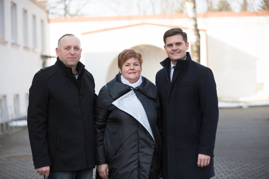 Dovydas Kaminskas su Tėvais